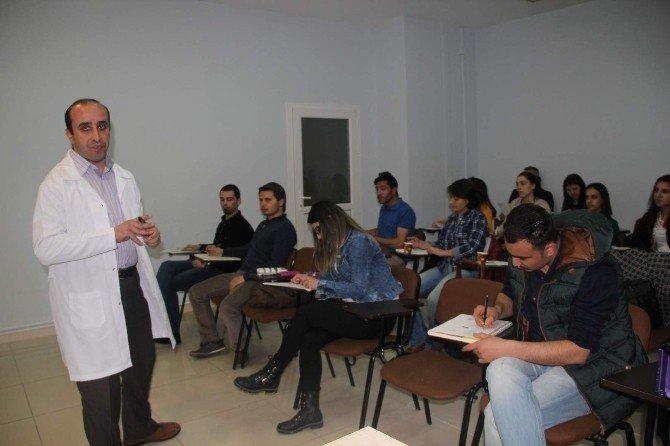 İngilizce Dil Eğitimine Gençlerin İlgisi Artıyor