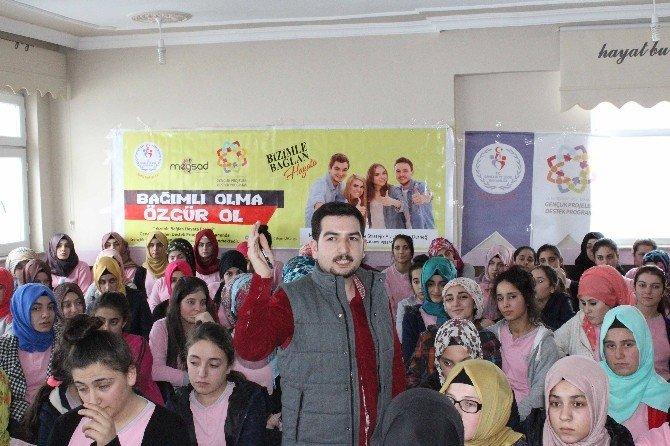 Hasköy'de 'Bizimle Bağlan Hayata' Projesi