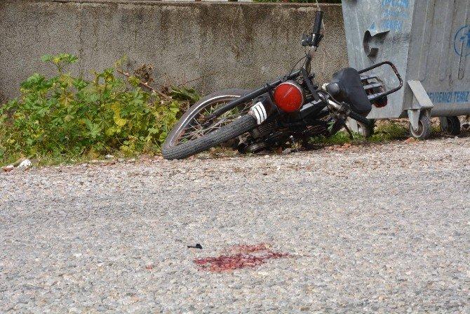 Ortaca'da Motosiklete Çarpan Sürücü Kaçtı