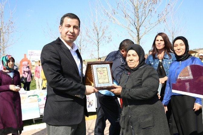 Kadınlar Karaköprü Belediyesi Mesire Alanında Buluştu