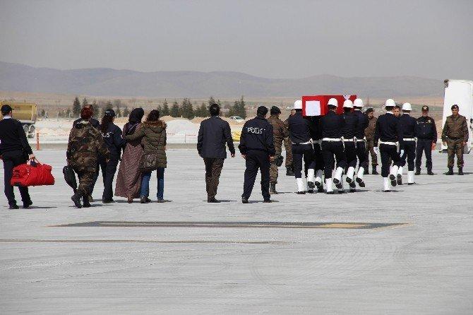 Karamanlı Şehidin Cenazesi Konya'ya Getirildi
