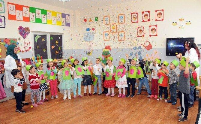 Şehitkamilli Minikler Yeşilay Haftası'nı Kutladı
