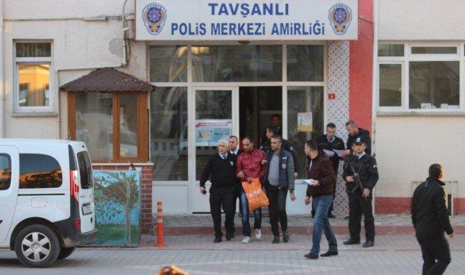 Tavşanlı'da Bonzai Satıcısı Tutuklandı