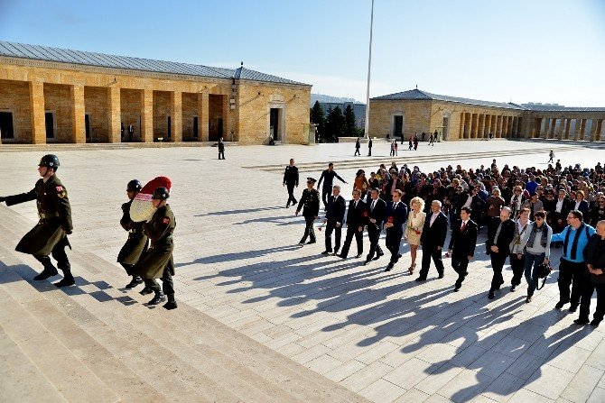 Tepebaşı, Kadınlar Günü'nde Ata'nın Huzurunda