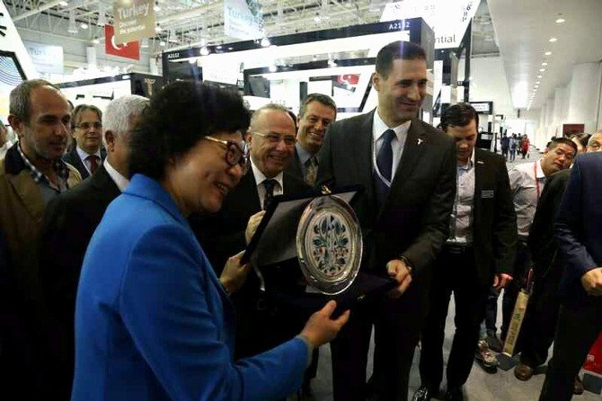 Türk Doğaltaşları Çin'de Büyük Beğeni Topladı