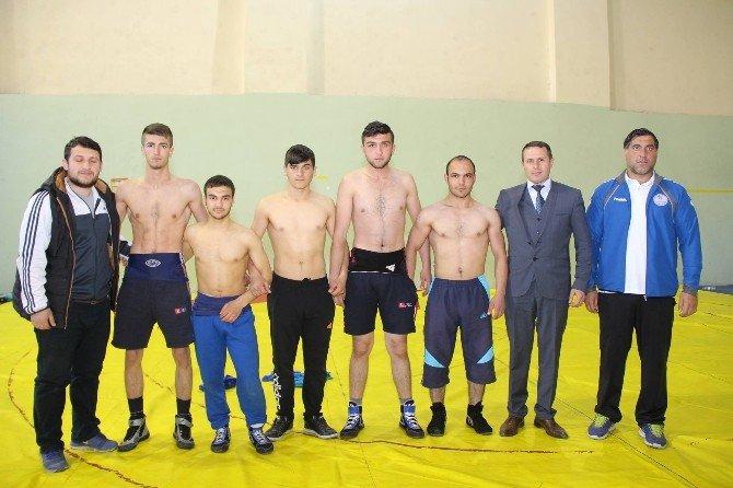 Oltu Gençlik Spor Güreşçileri Türkiye Şampiyonasına Hazırlanıyor