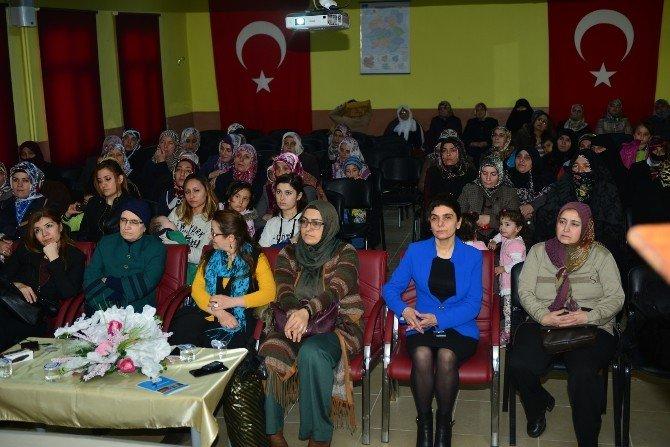 Kadınlara Yardım İçin El Birliği Yapıyorlar