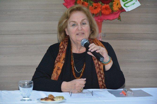 Mevlana'nın Torunu, Mevlevilikte Kadının Yerini Anlattı
