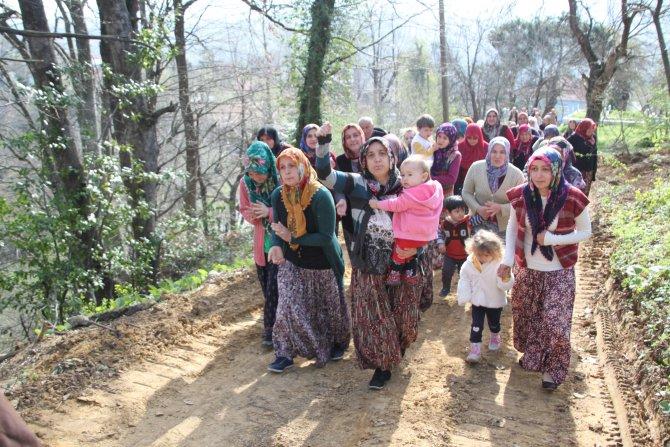 Köylüler baz istasyonu için ayaklandı, jandarma önlem aldı
