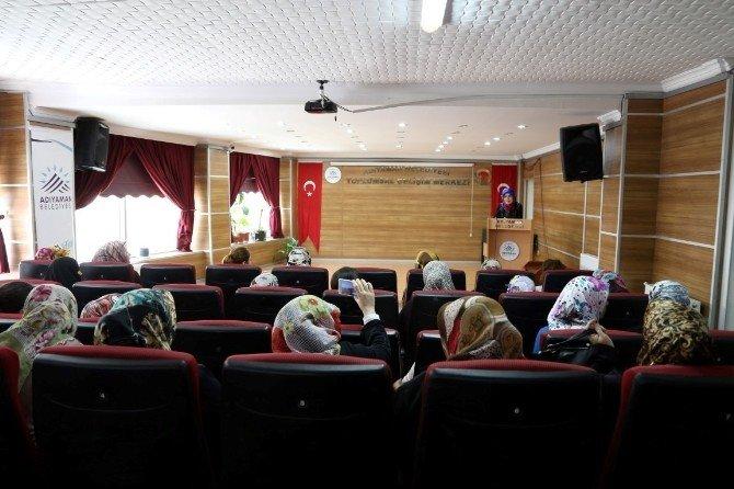 Togem'de Kadın Sağlığı Semineri Düzenlendi