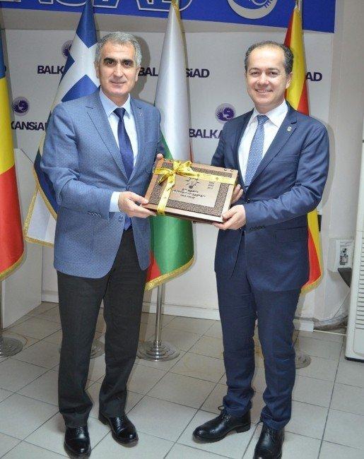 AK Parti Nilüfer'den Balkantürksiad'a Nezaket Ziyareti
