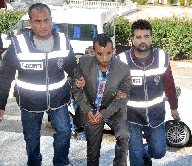 Ağabeyinin Öldürdüğü Hilal'in Cenazesi Adli Tıptan Alınmadı
