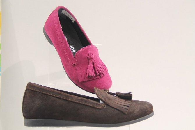 Kadın ayakkabısında 80'lerin modası devam edecek