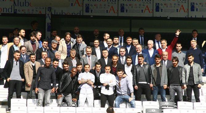 Beşiktaş'ta teknik ekip, futbolcular ve yöneticiler Vodafone Arena'yı gezdi