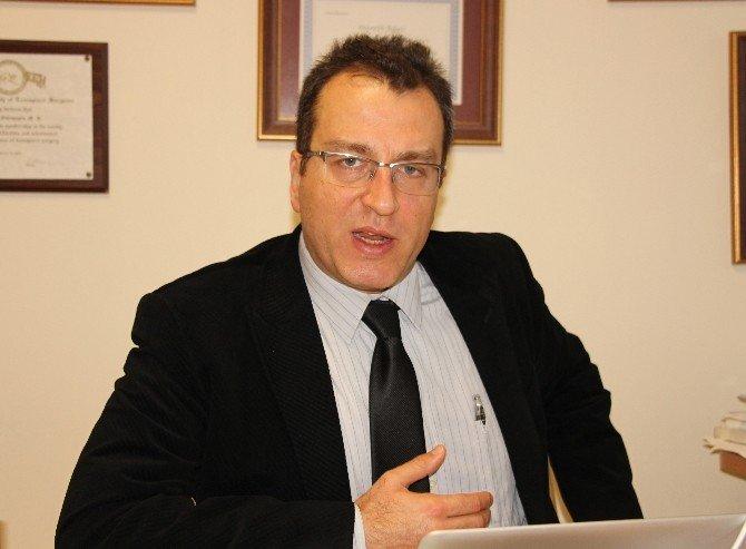 """Doç. Dr. Yakupoğlu: """"Dünyada Her On Kişiden Biri Böbrek Hastası"""""""
