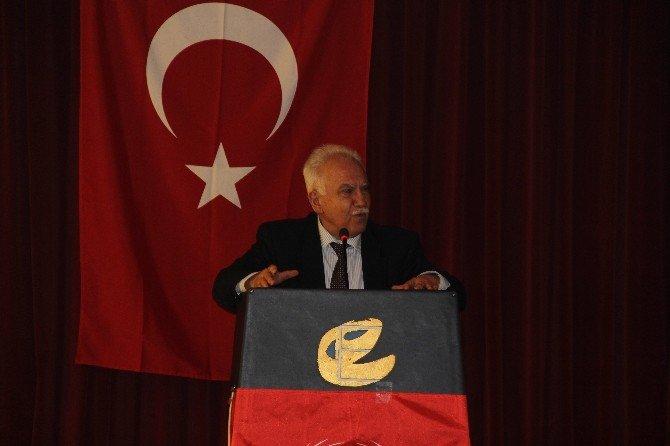 Doğu Perinçek Eskişehir'de Konferans Verdi