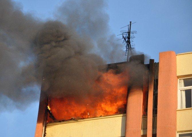 Adana'da İş Yerinde Yangın