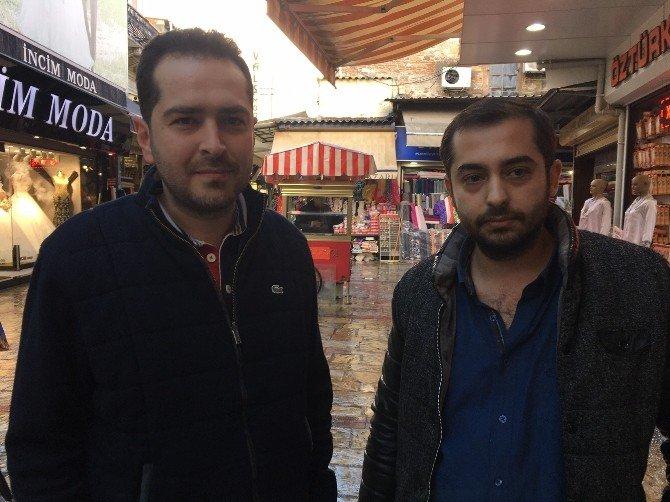 Suriyeli Çocuğu Yere Çarpan Adama Tepki Gösteren Esnaf Konuştu