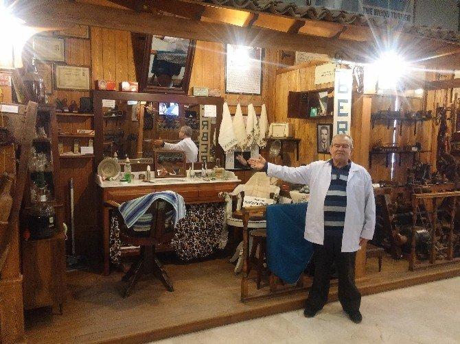 Yarım Asrı Aşkın Berber Malzemeleriyle Tarih Kokan Tıraş