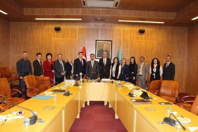 Kazakistan Kültür Bakanlığı Personeline Türkiye'nin Müzecilik Alanındaki Tecrübeleri Aktarıldı