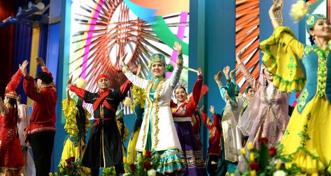 Nazarbayev: Kazakistan'da halklar arasındaki dostluk ve kardeşlik dünyaya örnek