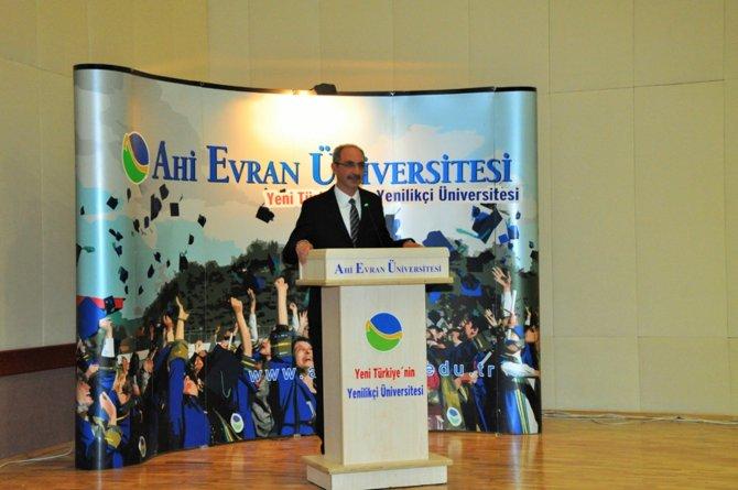 Mehmet Akif Ersoy, Ahi Evran Üniversitesi'ndeki panelde anıldı