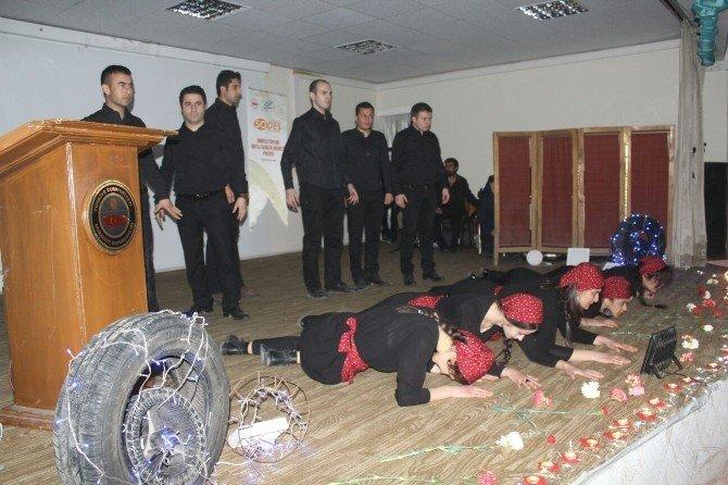 """Muradiye'de """"8 Mart Dünya Kadınlar Günü"""" Etkinliği"""