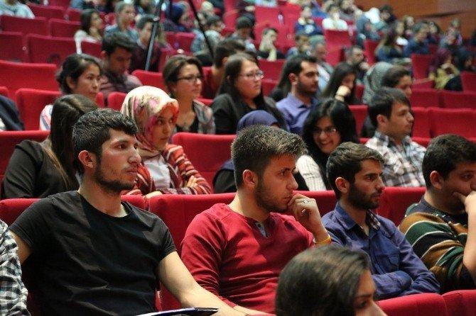 Ünlü Antropolog'dan 'Türk Macar İlişkileri' Konferansı