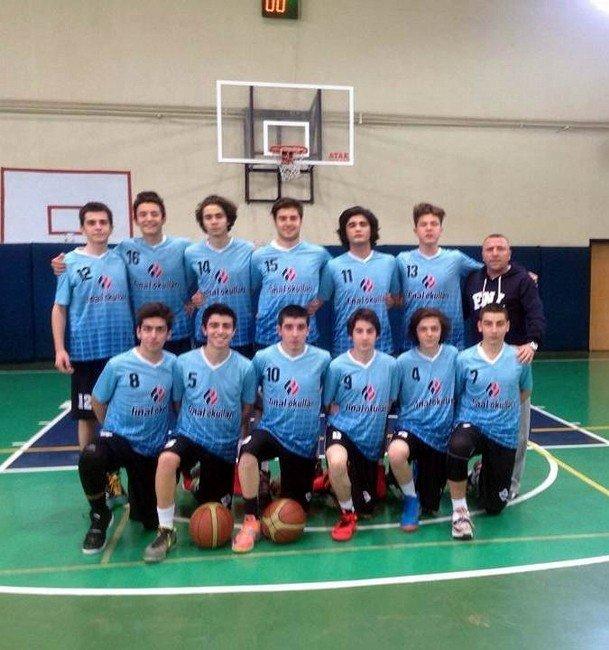 Samsun Final Basketbol Takımı Başarıdan Başarıya Koşuyor