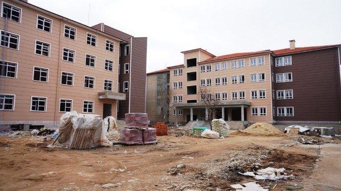 Sarıgöl'de 28 Derslikli, 200 Öğrenci Pansiyonlu Okul Yapılıyor