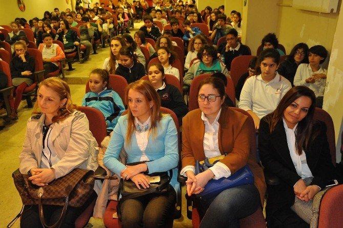 Uşak'ta Kadın Girişimciler Öğrencilere Başarı Hikayelerini Anlattılar