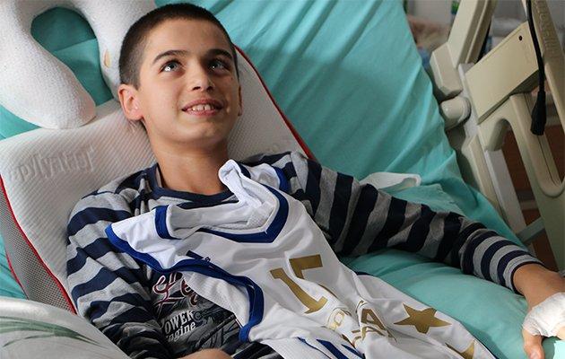 Hidayet Türkoğlu, 14 yaşındaki Erol'un hayallerini gerçekleştirdi