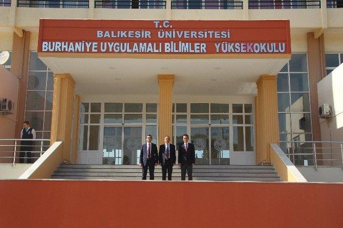 Burhaniye'de Kaymakam Öner'den Üniversite Ziyareti