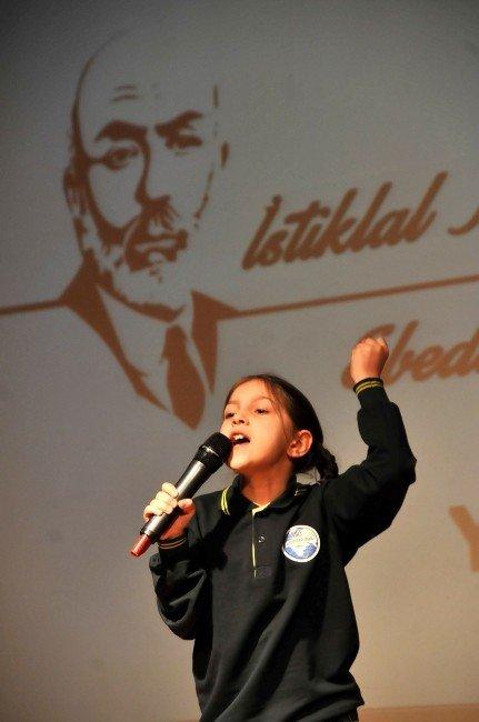 Yalova'da İstiklal Marşı Okuma Yarışması