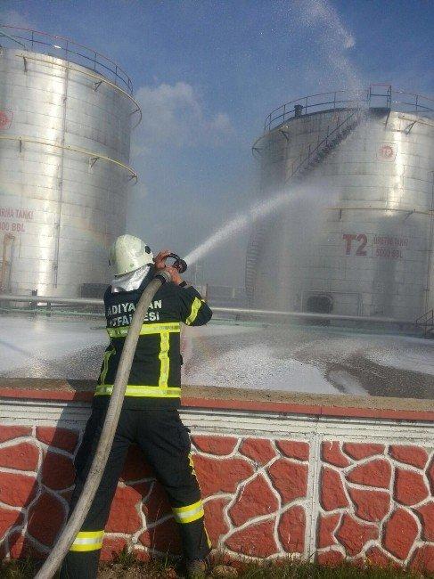 İtfaiye Ekipleri Yangın Tatbikatı Gerçekleştirdi