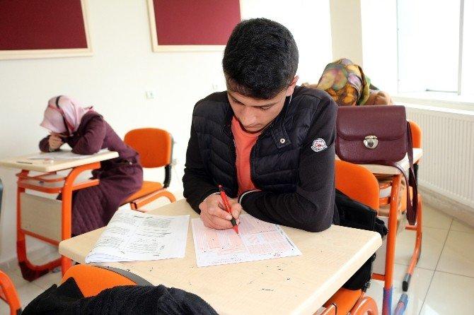 Ağrı'da YGS Öncesi Deneme Sınavı