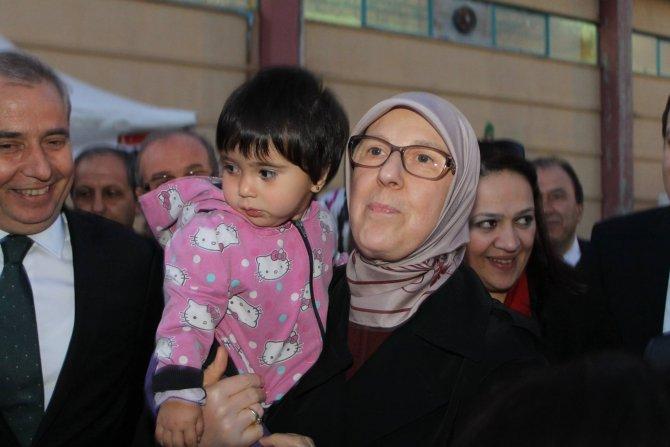Bakan Ramazanoğlu'ndan Suriyeli çocuğa yapılan şiddette tepki