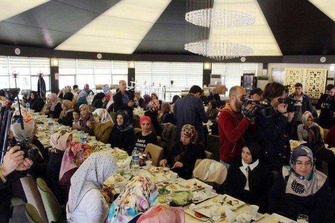 Bakan Bülent Tüfenkci, AK Parti'li Kadınlarla Bir Araya Geldi