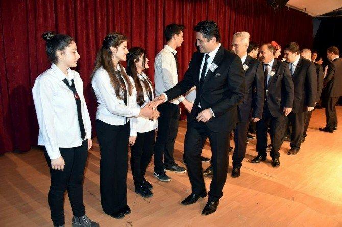 Aliağa'da İstiklal Marşı'nın Kabulü Ve Mehmet Akif Ersoy Anıldı