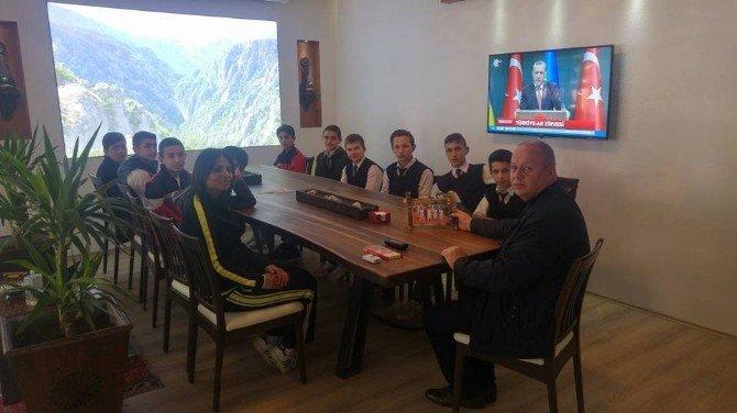 Azdavay 75. Yıl Y.i.b.o Yıldızlar Futsal Takımı Öğrencileri, Civelek'i Ziyaret Ettiler