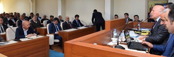 Başkan Sekmen, Horasan'da Muhtarlarla Buluştu