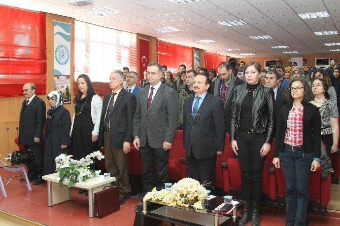 """BEÜ'de """"Kaynayan Kum Çanakkale"""" Konulu Panel"""