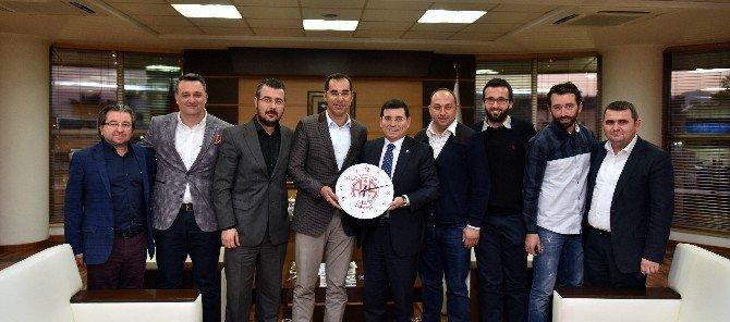 Antalyaspor Derneği'nden Tütüncü'ye Ziyaret