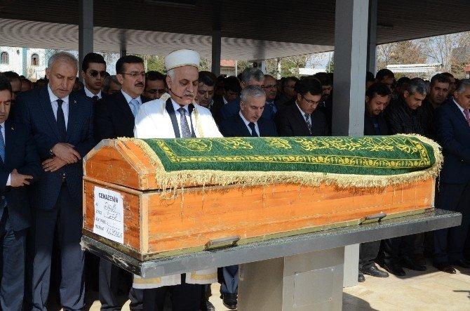 AK Parti İl Başkan Yardımcısı Öner'in Baba Acısı
