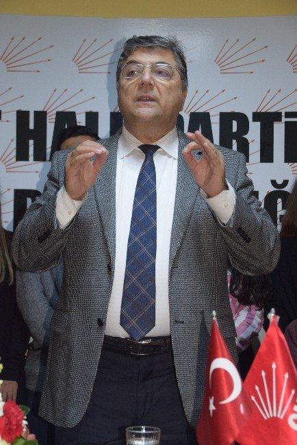 CHP'den Anayasa Komisyonunda 'Masadan Kalmadık' Çıkışı