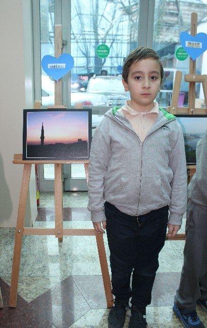 (Tekrar) Minik Öğrencilerin Fotoğraf Sergisine Büyük İlgi