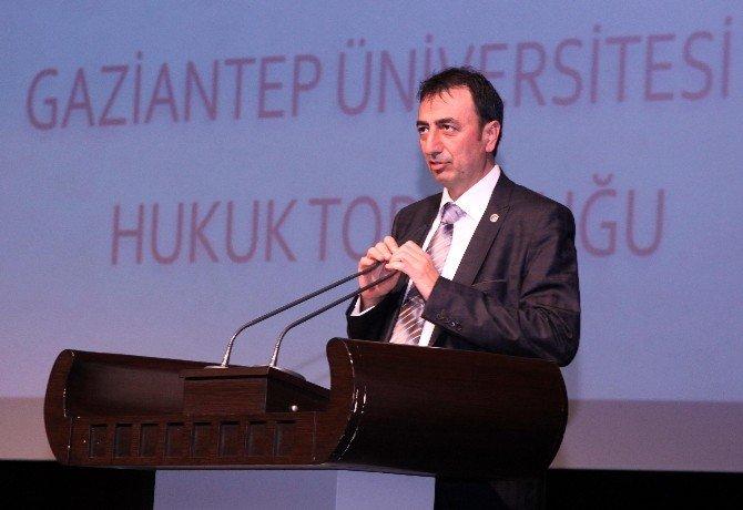 Büyükşehir Belediye Başkanı Fatma Şahin,