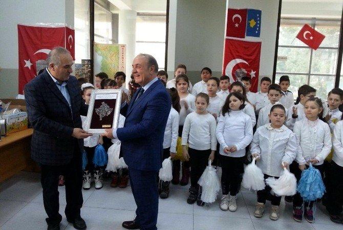 Kosova'da Türk Eğitimine GAÜN Desteği