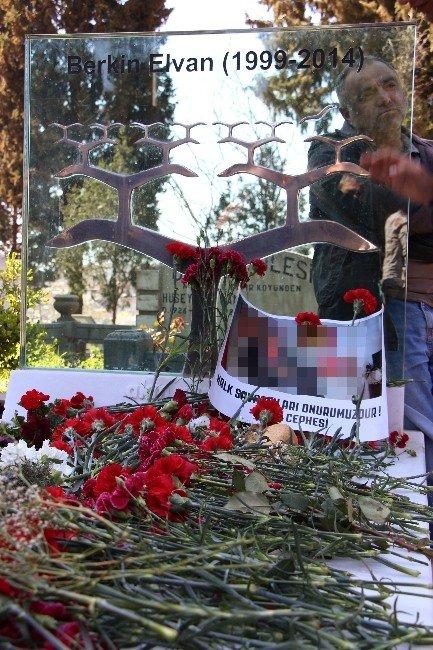 Berkin Elvan 'In Mezarı Başında Terör Örgütü Propagandası
