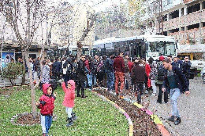 Şırnaklı Öğrencilerin 'Sınav Göçü' Başladı